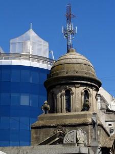 Buenos Aires - Stadt der Gegensätze: Modern und Historisch.