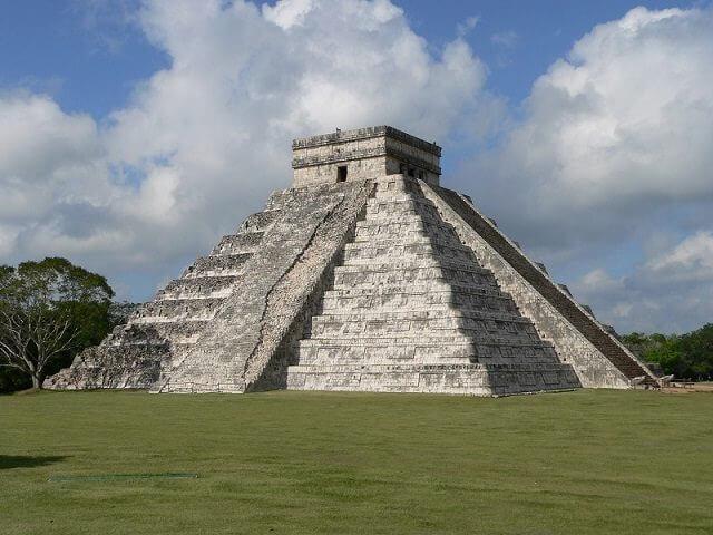 Eine der Sehenswürdigkeiten im Yucatan Urlaub - Chichen Itza © Carsten Schuldt / pixelio.de