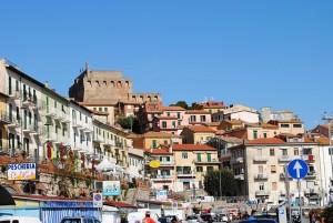 Malcesine - Hafenstadt mit viel Trubel © pixabay.com