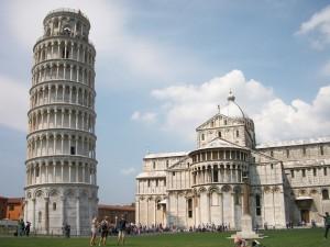 """Der weltberühmte """"Schiefe Turm von Pisa""""."""