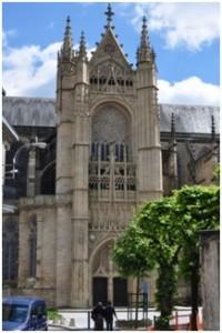 Die Kathedrale St. Etienne in Limoges.