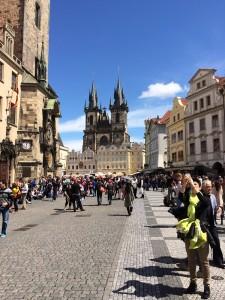 Unterwegs im historischen Prag.