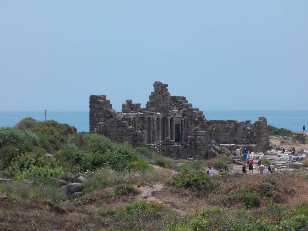Ruinen am Strand in der Nähe von Side.