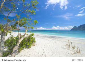 Traumstrände Indonesiens laden zum Baden und Relaxen ein.