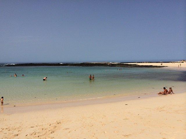 Die wunderschöne Playas de Los Lagos bei El Cotillo im Nordwesten Fuerteventuras.