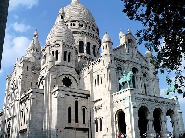 Sacre Coeur in Paris - eine der bliebtesten Sehenswürdigkeiten der französischen Hauptstadt.