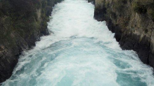 Wilder Strom der Huka Falls