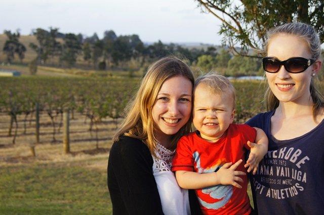 Hunter Valley: Riley, Sarah und ich